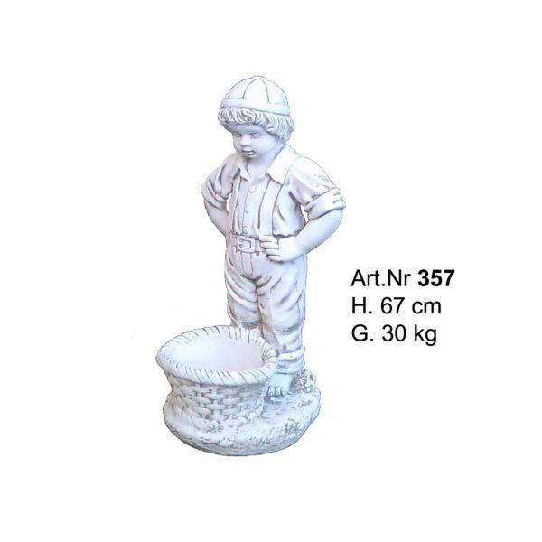 Betonfigur - Junge mit runden topf